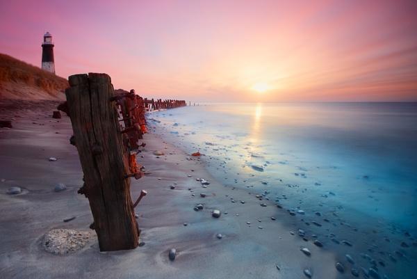 Pastel Rise by cdm36