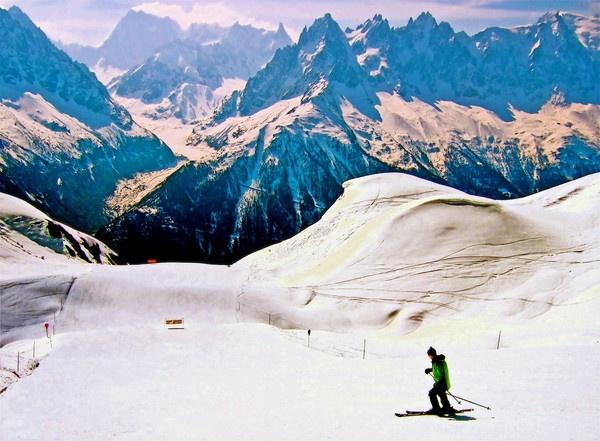 Lone Skier-Chamonix by PaulLiley