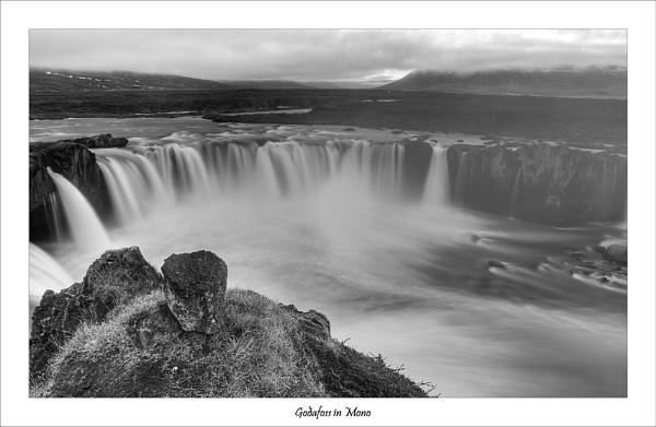 Goðafoss by Jalapeno
