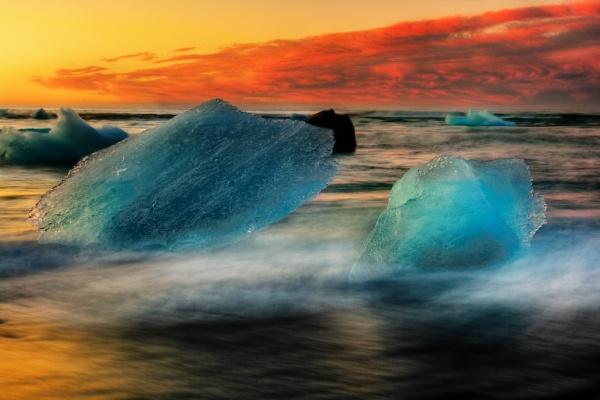 Ice Beach by Hugeknot