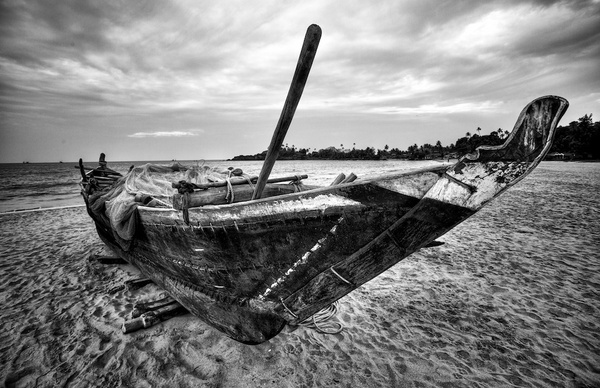 Fishing Boat by Londonmackam