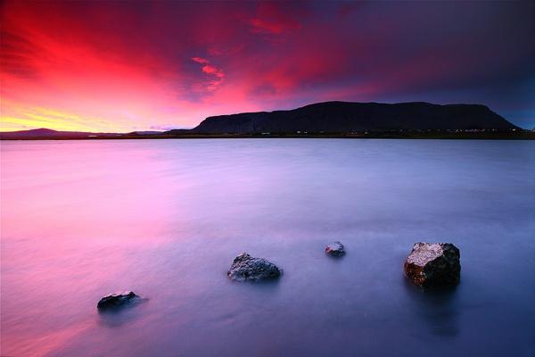 Icelandic Sunset by JamesAppleton