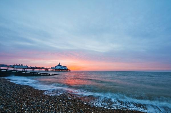 Eastbourne Sunrise by sitan1
