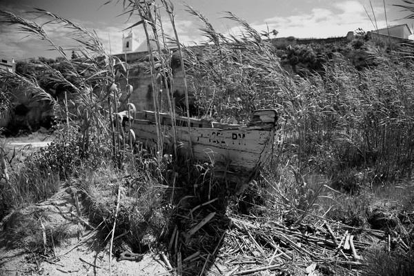 Boat @ Ferragudo by foz