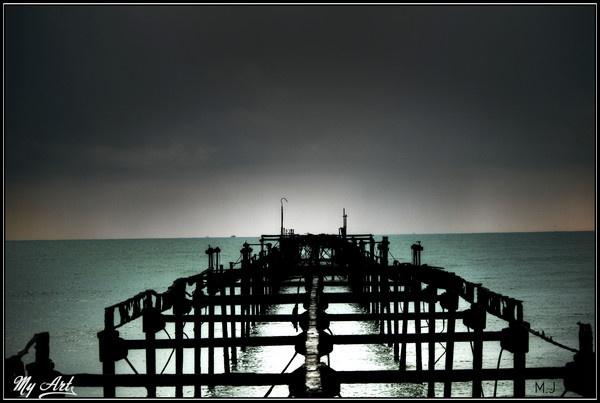 A rusty trail across a sea by Matt_MJ