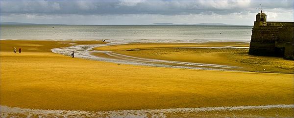 Neap Tide Saundersfoot by ajhollingbery