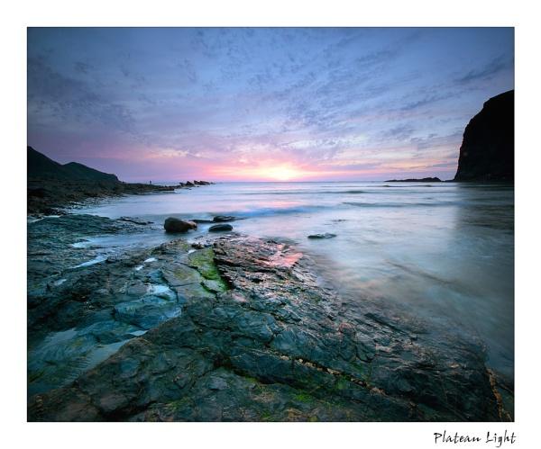 Plateau Light by angej