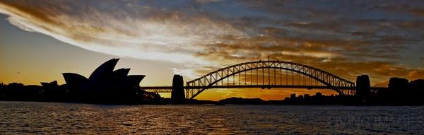 Sydney by Dusan