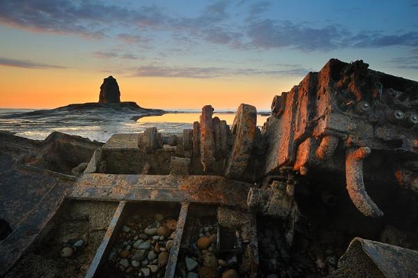 Saltwick Wreck by iansnowdon