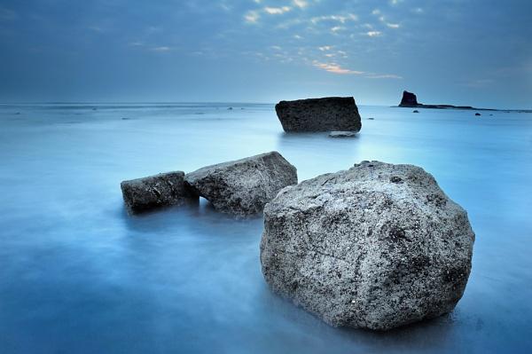 Saltwick Blues by iansnowdon