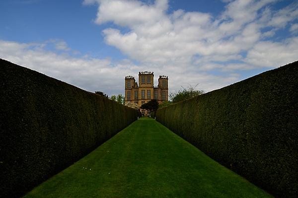 Hardwick Hall by DaveShandley
