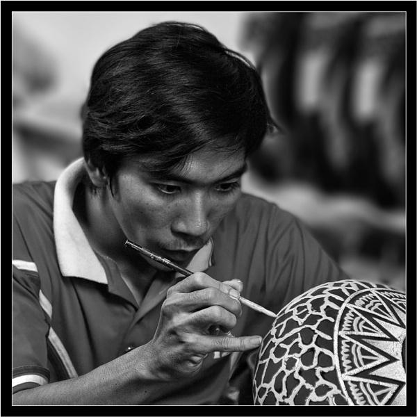 Vietnamese Craftsman by old timer