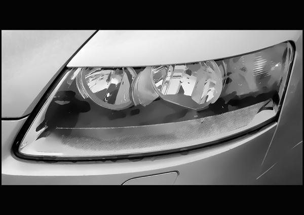 Headlight by Bigtoe