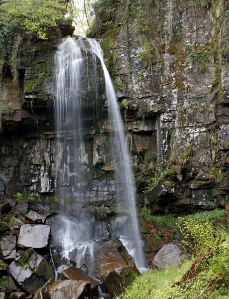 Vale of Neath Waterfalls by RobbieWales