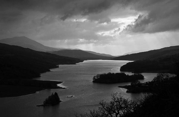 Queen\'s View, Loch Tummel by RonnieAG