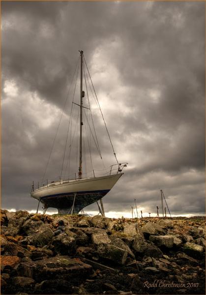 Boat at Limekilns 2 by RoddBC