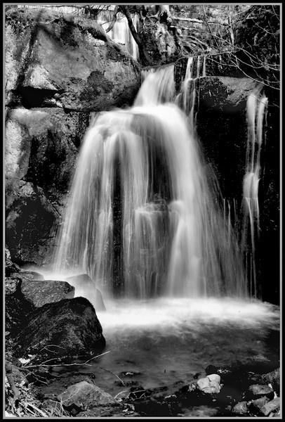 Lumbsdale Falls by BilT