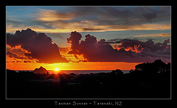 Tasman Sunset by SteveNZ
