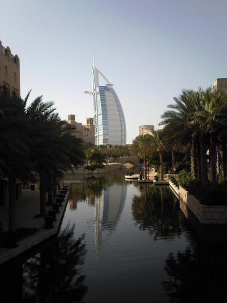 Burj Al Arab by WorldInFocus