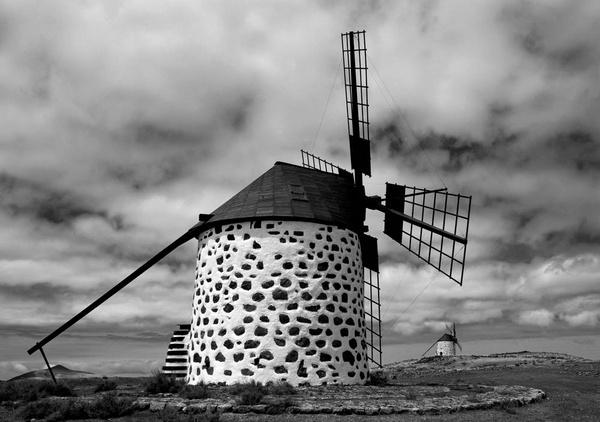 windmill la oliva