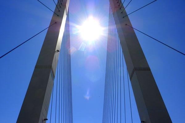 QE2 Bridge Dartford by seaviewlou
