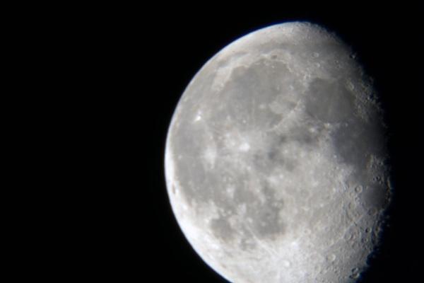 Moon Shot by devlin