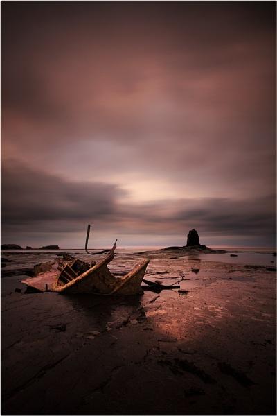 Saltwick Bay by ashley