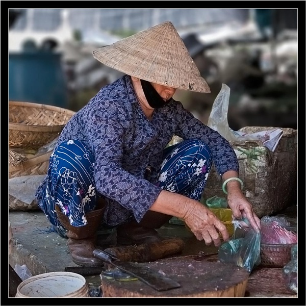Vietnamese Marketwoman by old timer
