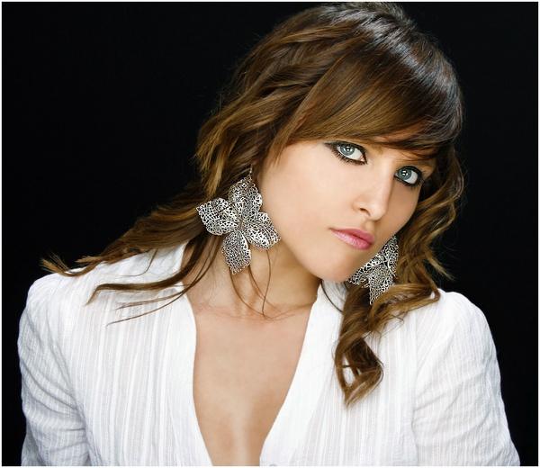 Silver Earrings by Eyecatcher