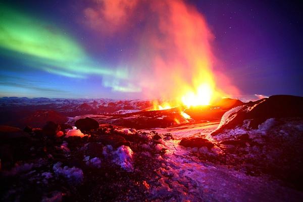 Fire on Fimmvörðuháls by JamesAppleton
