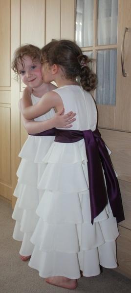 Sisterly Love by salfordcityred