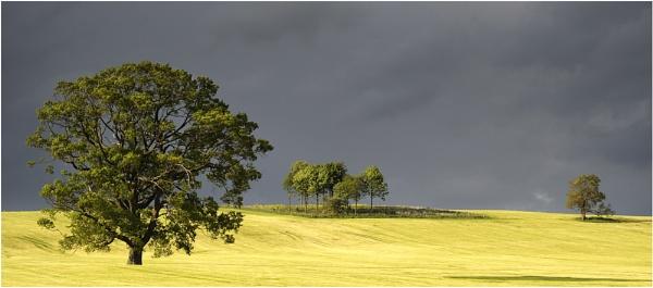 Storm Approaching by iansnowdon