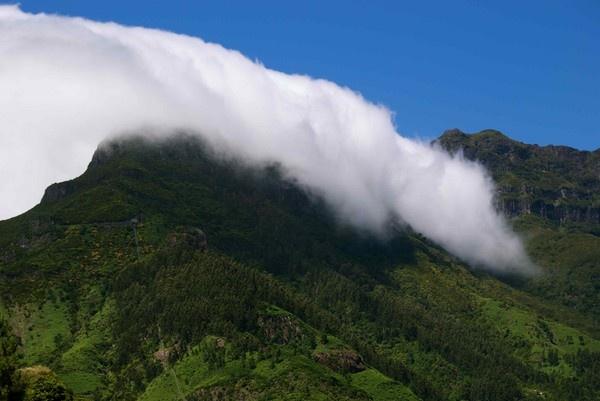 Teneriffe Mountain by Ken_Dickson