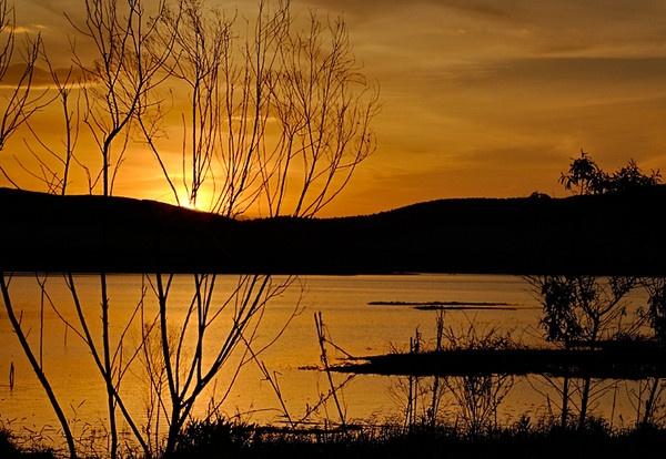 Sun Set, Salesospolis, SP - Brazil by luizdasilva