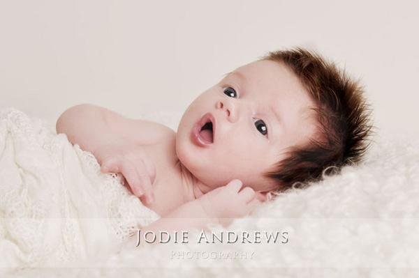 eye\'s wide open by Jodes