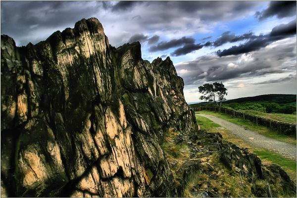 Beacon Hill Rocks by Moj_o