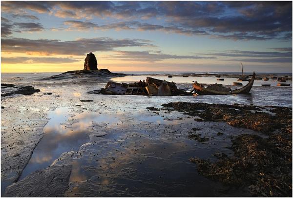 Saltwick Reflections by iansnowdon