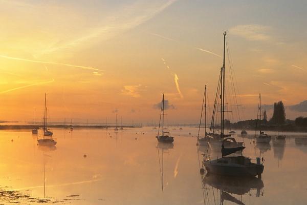 Sunrise & Receding Mist. by Amanita05