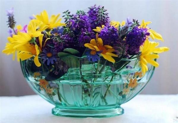 art-deco glass vase by HarrietH