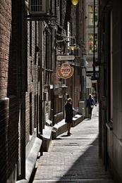 Damraksteeg  Damrak Alley