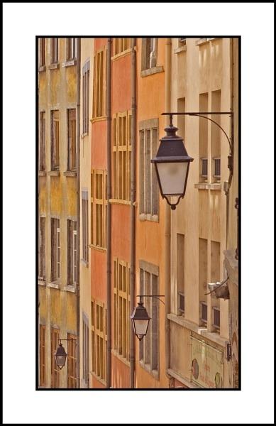 Des maisons lyonnaises by KingBee