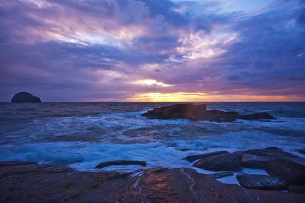 Sea Spray Sunset by Lorn