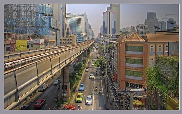 Bangkok Skytrain. by anjustarks