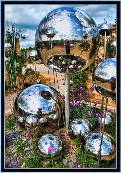 Balls by sparklep
