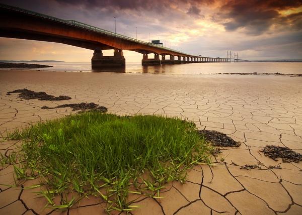 Crackin\' Bridge by mitchy81