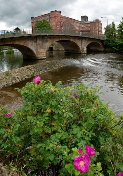 Belper Bridge and North Strutt\'s Mill by lesarnott