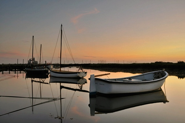 Calm waters - Morston, North Norfolk by Ghacon
