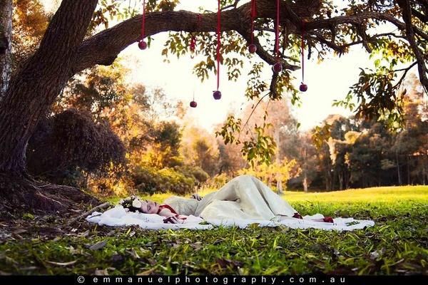 While Snow White was Sleeping by KatrienaEmmanuel