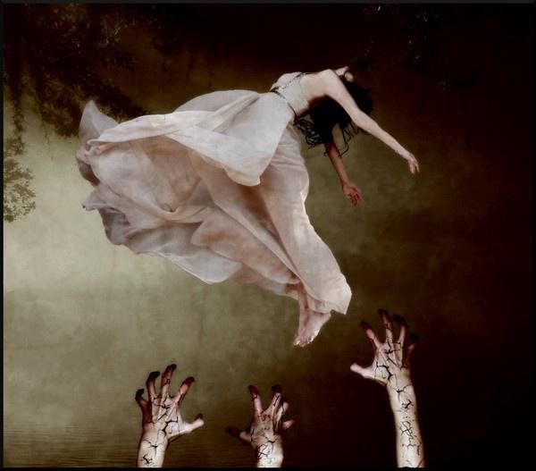 Falling Slowly by HannahxElizabeth