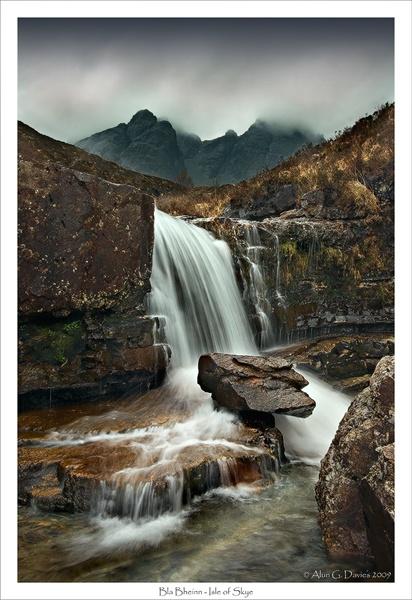 Waterfall beneath Bla Bheinn, Isle of Skye by Tynnwrlluniau